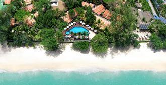 Impiana Resort Patong - Patong - Beach