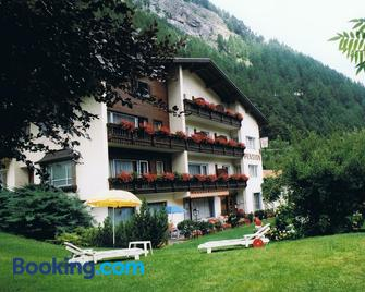 Pension Grein - Pfunds - Building