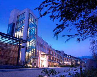 Lakeshore Hotel - Hsinchu - Gebäude