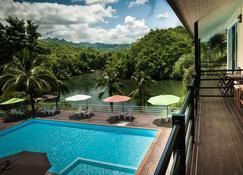 Pechmaneekan Beach Resort - Sai Yok - Pool
