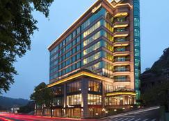 โรงแรมยูเซนส์ - ไทเป - อาคาร