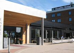 Quality Hotel Vanersborg - Vänersborg - Building