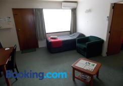 Rangiora Lodge Motel - Rangiora - Bedroom