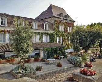Hostellerie Du Passeur - Les Eyzies-de-Tayac-Sireuil - Gebäude