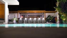 Manousos City Hotel - Rhodes - Pool