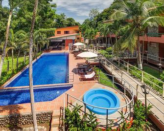 Hotel Playa Bejuco - Esterillos Este - Pool