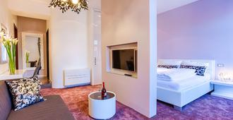 Starlight Luxury Rooms - Split - Living room