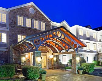 Staybridge Suites Cranbury-South Brunswick - Cranbury - Будівля