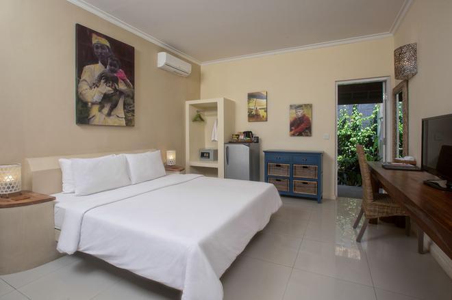 Scallywags Mango Retreat - Mataram - Bedroom