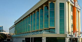Al Khoory Executive Hotel - Дубай - Здание