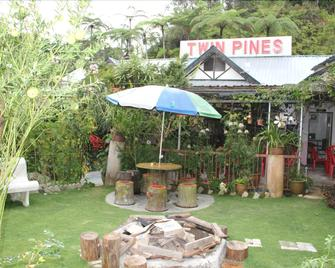 Twin Pines - Brinchang - Patio