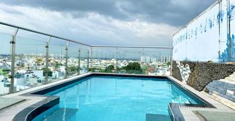 Ha Oanh 2 Hotel - Cidade de Ho Chi Minh - Piscina