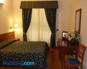 Hotel Villa Dei Bosconi - Fiesole - Bedroom