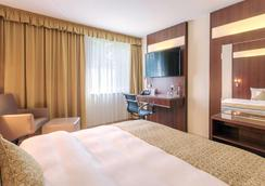 貝斯特韋斯特法蘭克福凱澤蘭特米克蘭德酒店 - 美茵河畔奧芬巴赫 - 奧芬巴赫 - 臥室