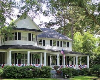 Huffman House - Minden - Building