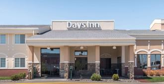 Days Inn by Wyndham Minot - Minot