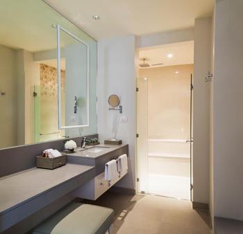 曼谷沙吞U飯店 - 曼谷 - 浴室