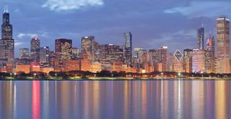 La Quinta Inn & Suites by Wyndham Chicago Downtown - Chicago - Vista del exterior