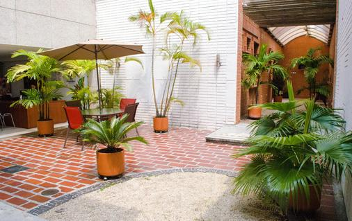 Casa Santa Monica - Cali - Patio