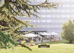Novotel Suites Geneve Aeroport - Geneva - Building
