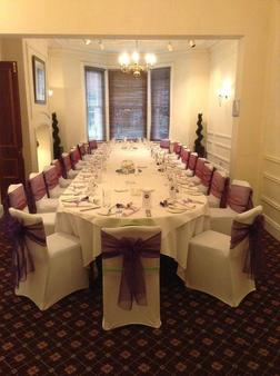 Caledonian Hotel - Newcastle upon Tyne - Banquet hall