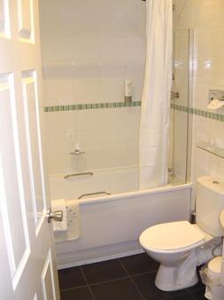Caledonian Hotel - Newcastle upon Tyne - Bathroom