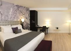 Radisson Blu Hotel, East Midlands Airport - Derby - Bedroom