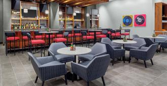 Hyatt Place Athens/Downtown - Athens - Bar