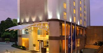 Four Points by Sheraton Ahmedabad - Ahmedabad - Building