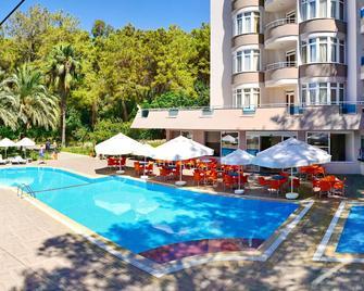 Annabella Park Hotel - Avsallar - Bể bơi