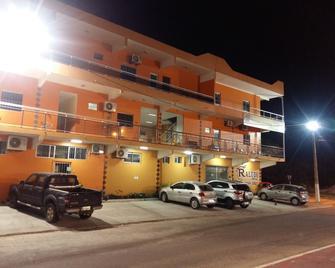 Raludi Hotel - Barcarena - Edificio