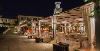 Napa Plaza Hotel-Adults Only - Ayia Napa - Bygning