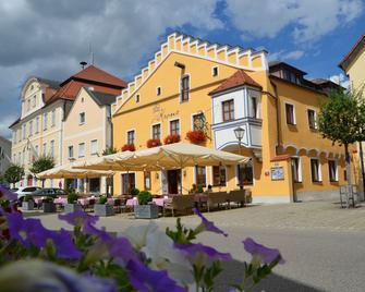 Hotel Zur Krone - Beilngries - Gebouw