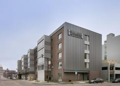 Staybridge Suites Des Moines Downtown - Des Moines - Edificio