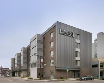 Staybridge Suites Des Moines Downtown - Де-Мойн - Building