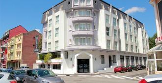 Hôtel Esplanade Eden - Lourdes - Building