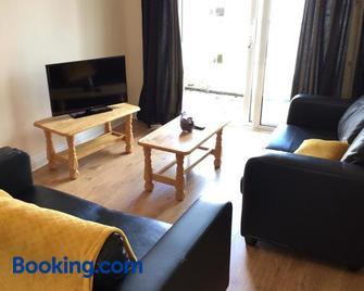 Glen Abhainn - Athlone - Living room