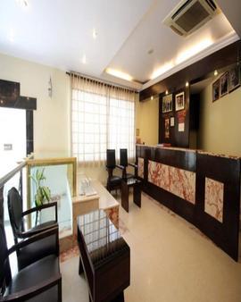 Fabhotel Marble Arch Karol Bagh - New Delhi - Vastaanotto