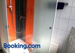 Hacienda Hotel - Friedrichshafen - Bathroom