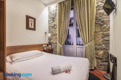 Pensión Ab Domini - San Sebastian - Bedroom