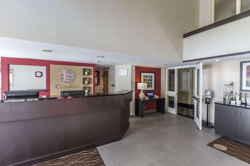 Comfort Inn - Corner Brook - Front desk
