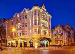 호텔 아틀라스 디럭스 - 리보프 - 건물