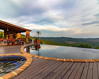 Misty Mountain Lodge - Sabie - Pool