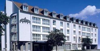 Erikson Hotel - Sindelfingen - Building