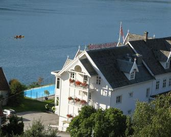 Hofslund Fjord Hotel - Sogndal - Building