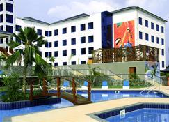 فندق بست وسترن بلس أتلانتيك هوتل - Takoradi - مبنى