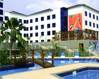 Best Western Plus Atlantic Hotel - Takoradi - Gebäude