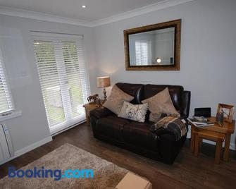 The Beeches Holiday Cottage - Auchterarder - Living room