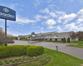 Boarders Inn and Suites by Cobblestone Hotels - Faribault - Faribault - Building