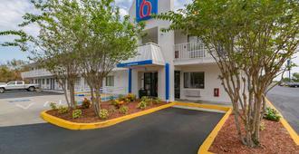 Motel 6 Ft Pierce - Fort Pierce - Building